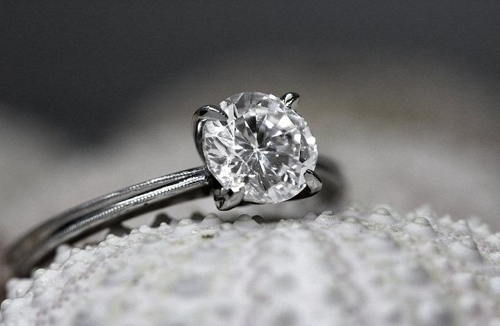 Benefits of Diamond Gemstone