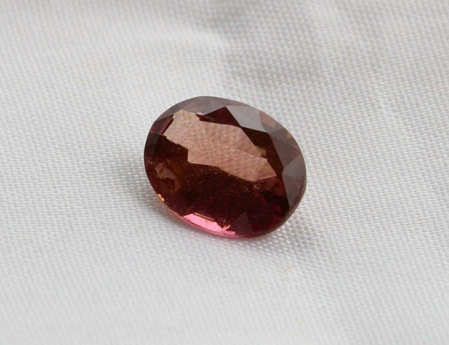 Color Change Sapphire Ceylon