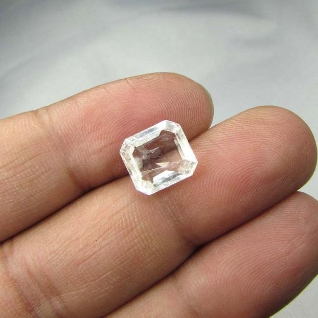Colorless Sapphire Ceylon