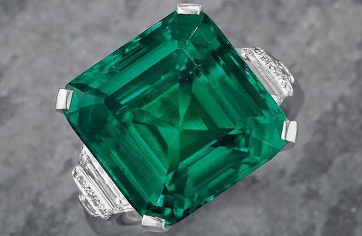 Facts and Information of Emerald Gemstone