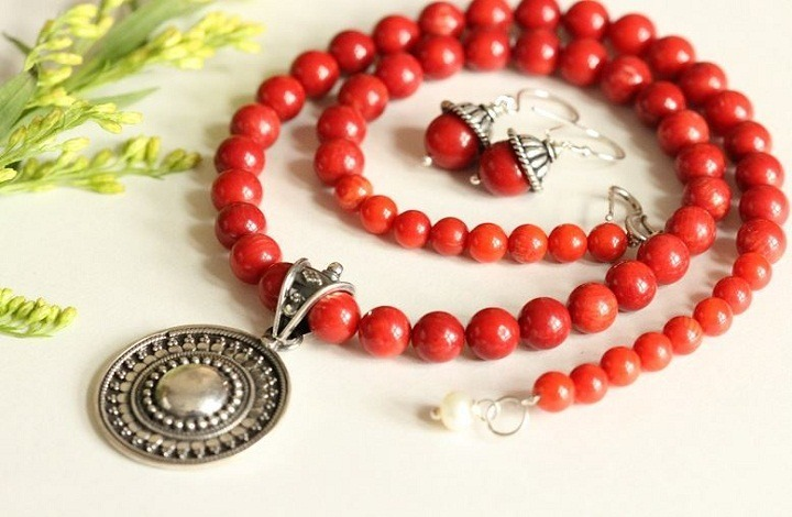 Health Benefits of Red Coral Gemstone
