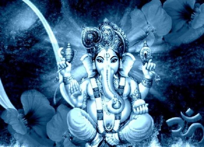 Importance of Blue Sapphire Ganesha Idol