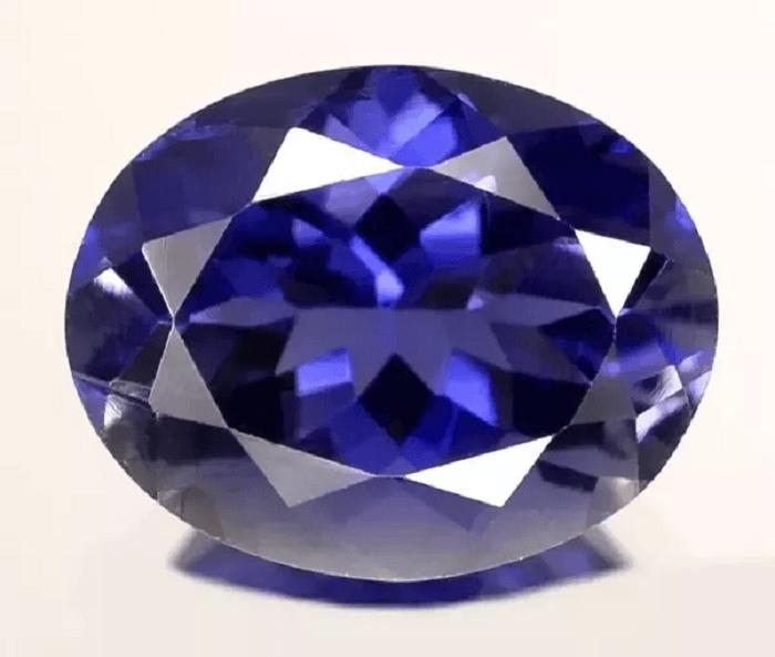 Buy Certified Iolite Gemstones at wholesale Prices | Buy Certified