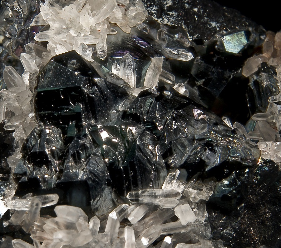 Top Benefits of Hematite Gemstone