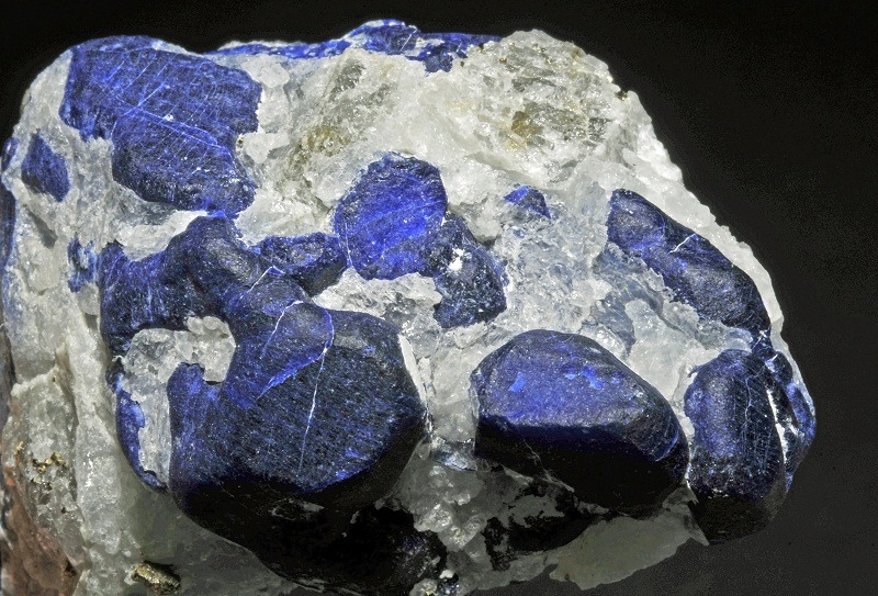Top Benefits of sodalite