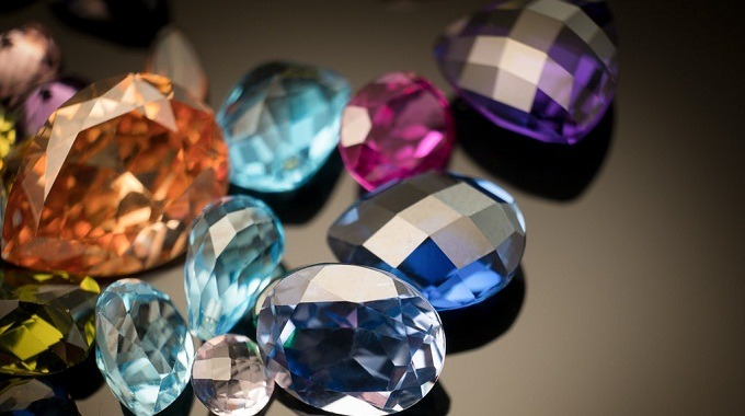 What are the effects of Gemstones