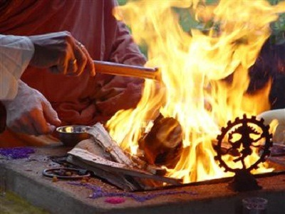 Yagya for Corporate Success or Solution