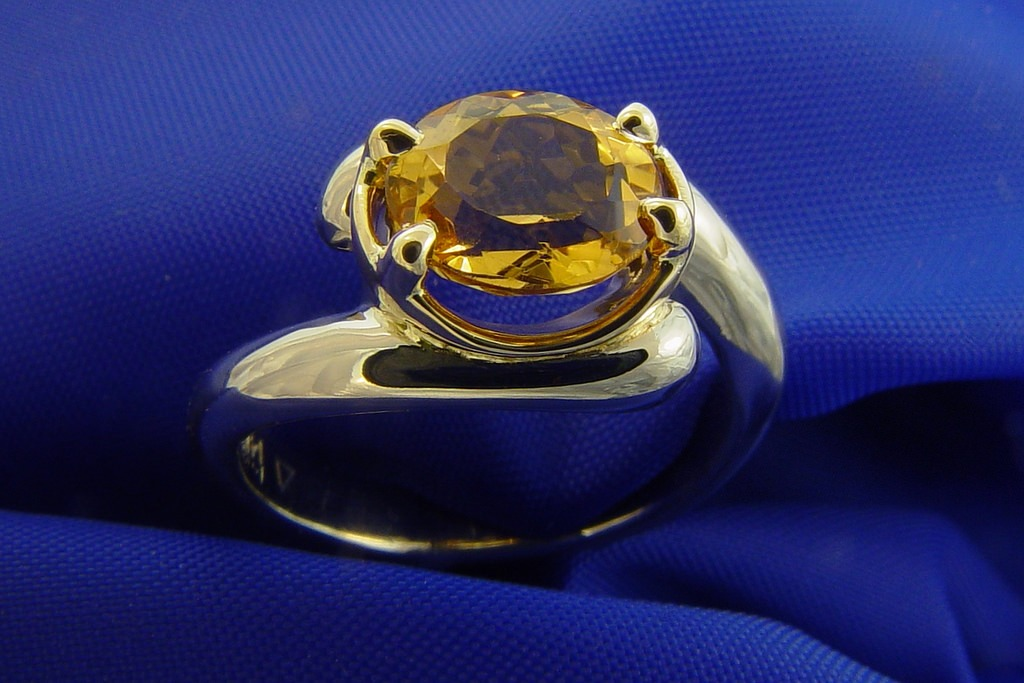 Top 10 Benefits of Yellow Sapphire