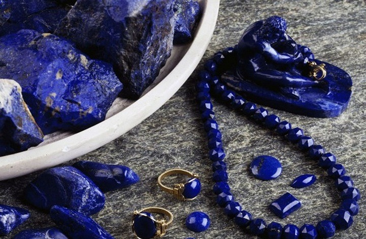 Lapis Lazuli Meaning and Benefits