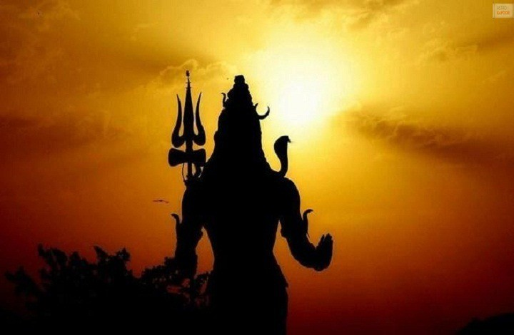 Significance of 16 Somvar Vrat For Lord Shiva